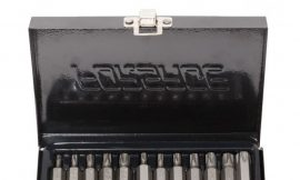 Набор бит TORX с отверстием и битодержателем,15пр. 1/2»(L:30/75мм, Т20,Т25,Т30,Т40,Т45,Т50,Т55), в металлическом кейсе