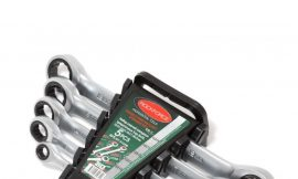 Набор ключей накидных трещоточных, 5пр. (8х10, 12х13, 14х15, 16х17, 18х19мм), в пластиковом держателе